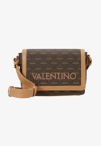 Valentino by Mario Valentino - LIUTO - Borsa a tracolla - brown multi - 6