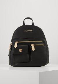 Valentino by Mario Valentino - CASPER - Reppu - black - 0