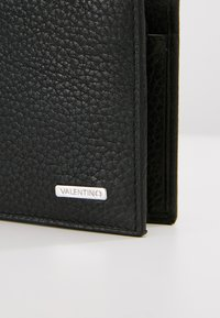 Valentino by Mario Valentino - DAVOS - Monedero - black - 3
