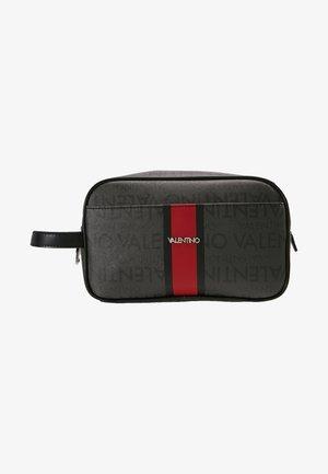 JORAH - Kosmetická taška - black