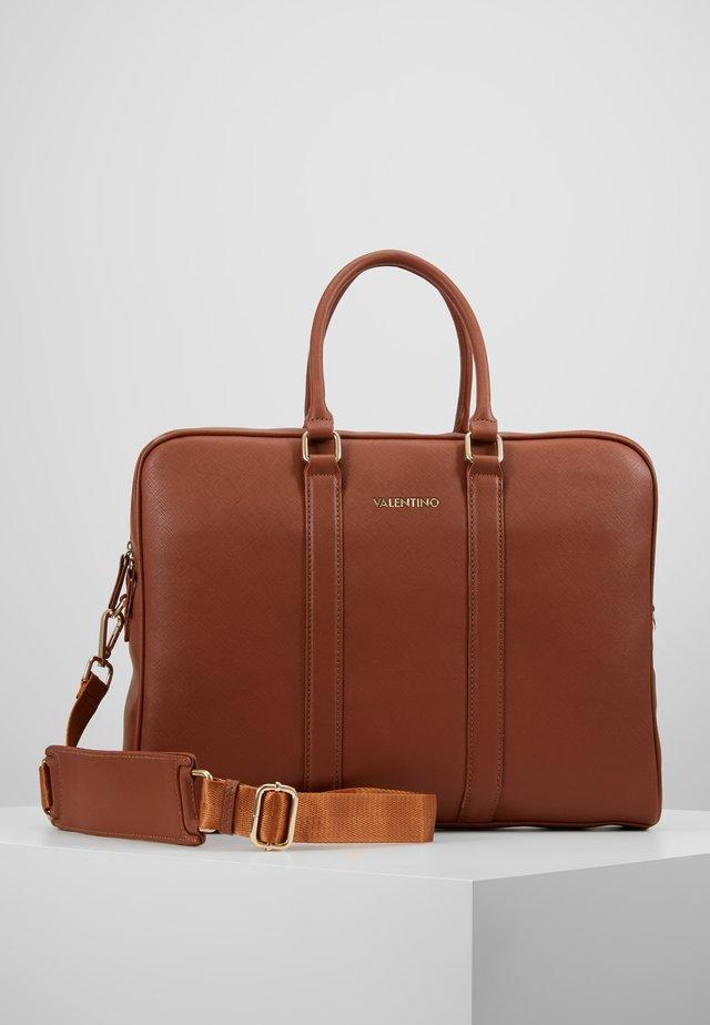 FILIPPO - Briefcase - cognac