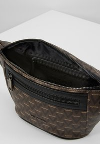 Valentino by Mario Valentino - SURRENDER WAIST PACK - Bum bag - marr/nero - 4
