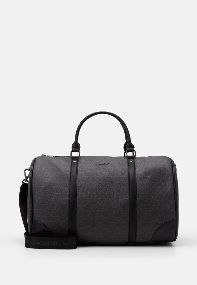 LIUTO - Weekend bag - nero