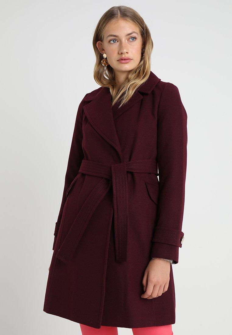 Dorothy Perkins - BELTED WRAP COAT - Classic coat - berry
