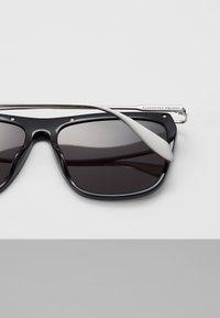 Alexander McQueen - Sonnenbrille - black - 5