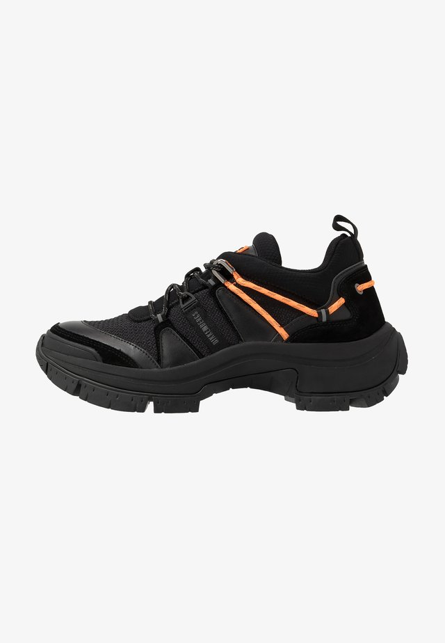 DELMAR - Trainers - black