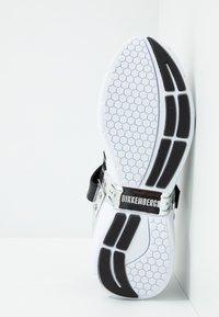 Bikkembergs - GEDEON - Matalavartiset tennarit - black/silver - 4