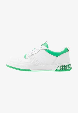 SCOBY - Sneakers - white/green