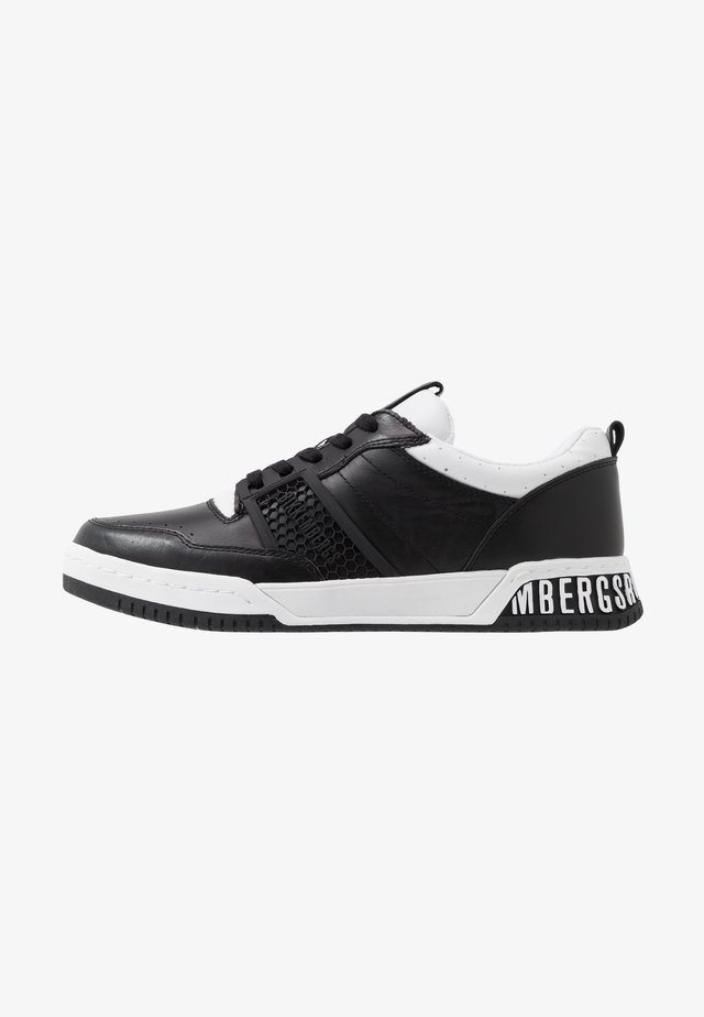 SCOBY - Trainers - black/white