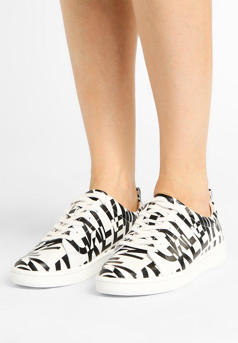 Calvin Klein - DANYA  - Sneaker low - white/black