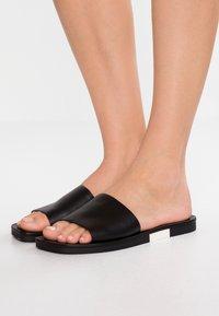Calvin Klein - RAMIE - Sandaler - black/white - 0