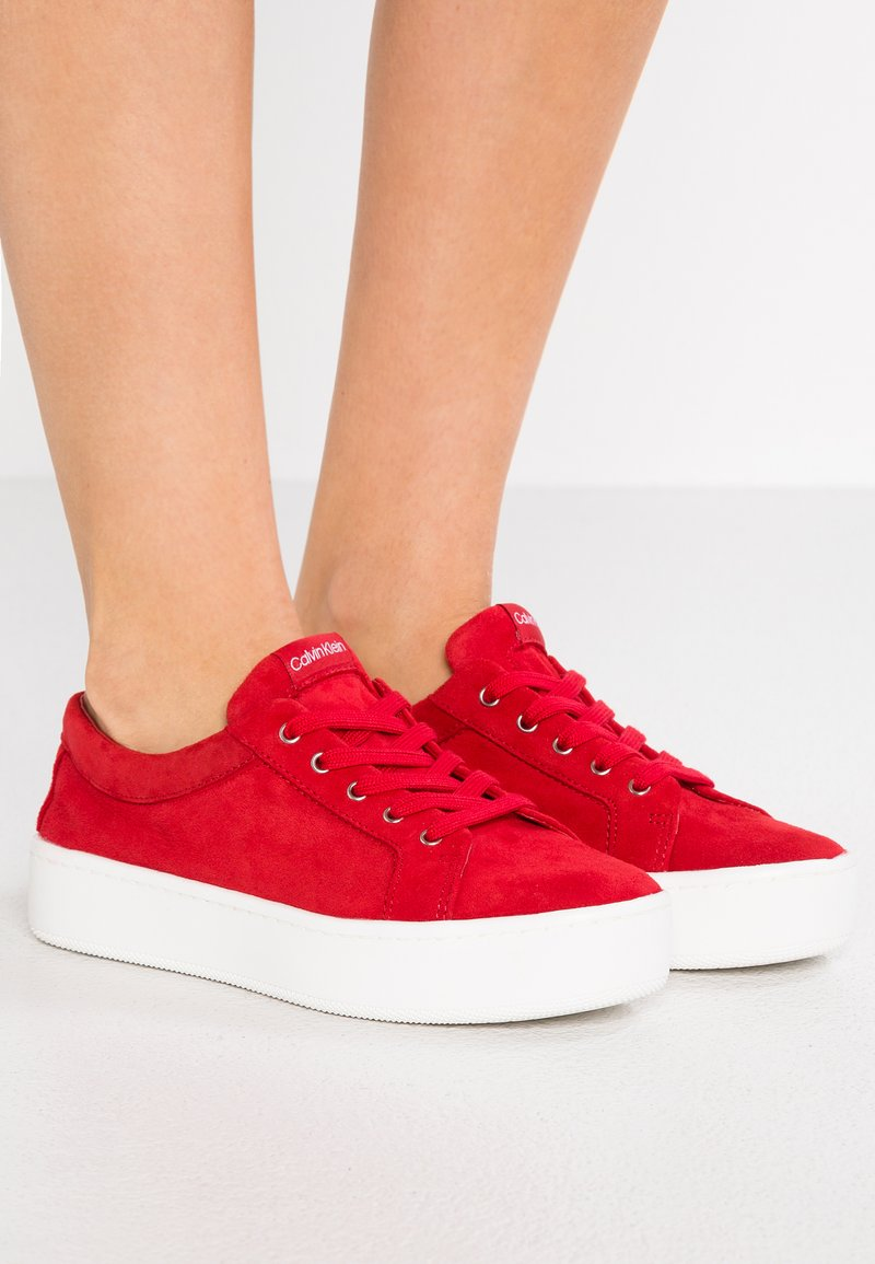 Calvin Klein - CORRICA - Trainers - cherry