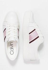 Calvin Klein - CASHAWNDA - Sneakersy niskie - white/bordeaux - 3
