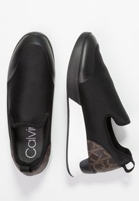 Calvin Klein - Loaferit/pistokkaat - black/brown - 3