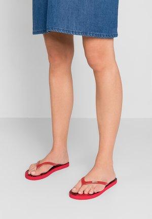 SILA - Pool shoes - cherry