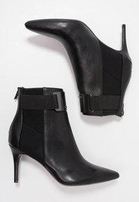 Calvin Klein - Støvletter - black/gunmetal - 3