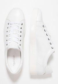 Calvin Klein - Sneakersy niskie - white - 3