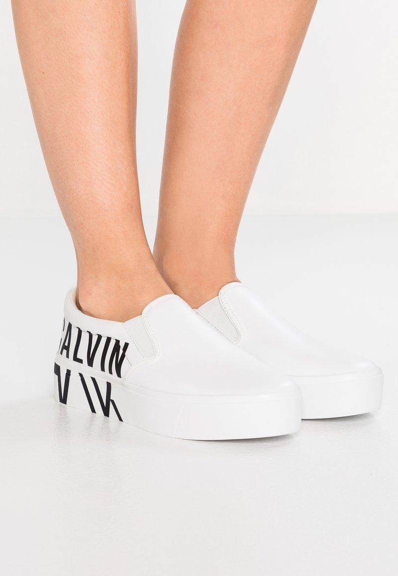Calvin Klein - LOGO  - Slip-ons - white