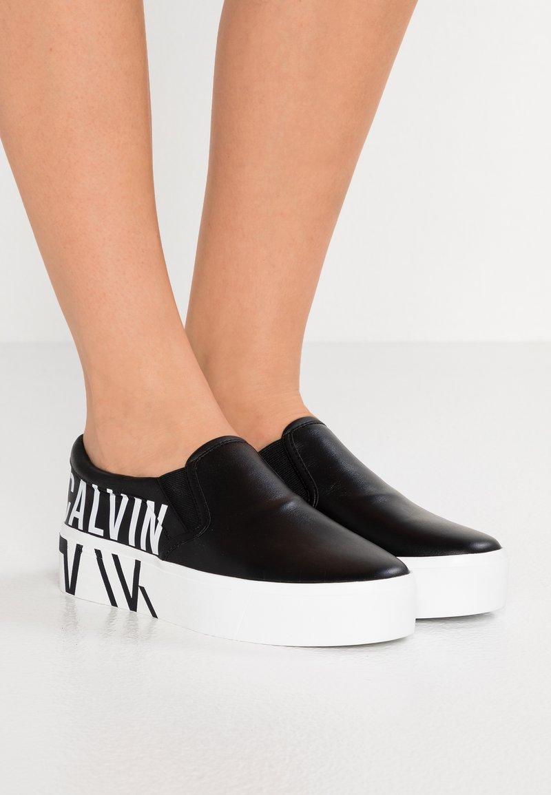 Calvin Klein - LOGO  - Slip-ons - black