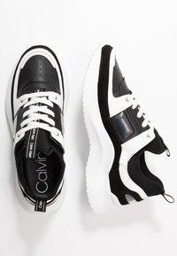 Calvin Klein - ULTRA - Joggesko - black/white - 3