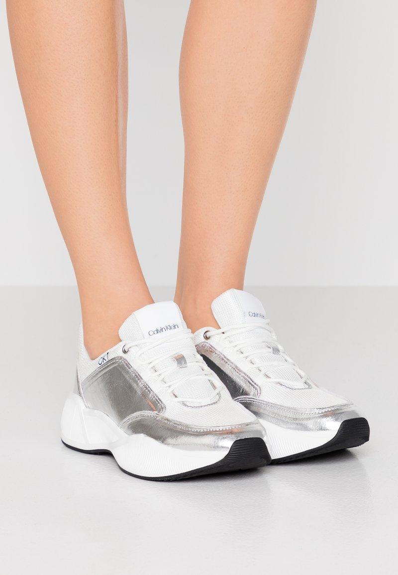 Calvin Klein - BRADIE - Sneaker low - silver