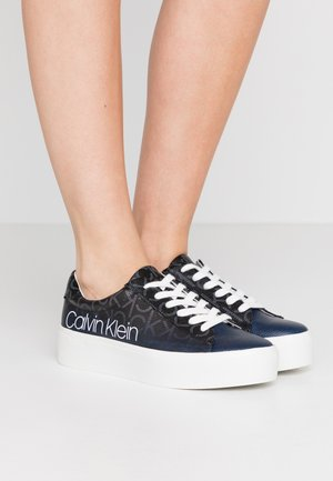 JANIKA - Sneaker low - black/navy