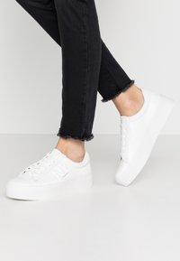 Calvin Klein - JAMELLA - Sneakers - white - 0