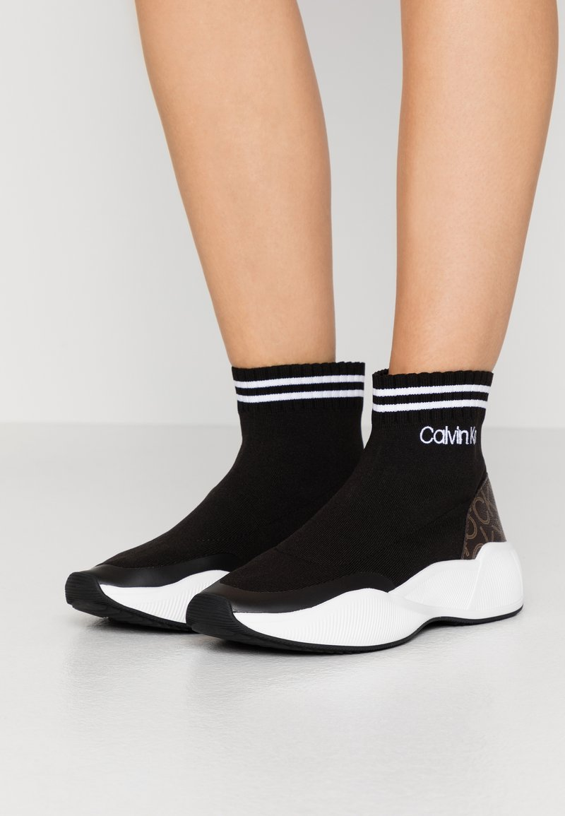 Calvin Klein - BABELE - Vysoké tenisky - black
