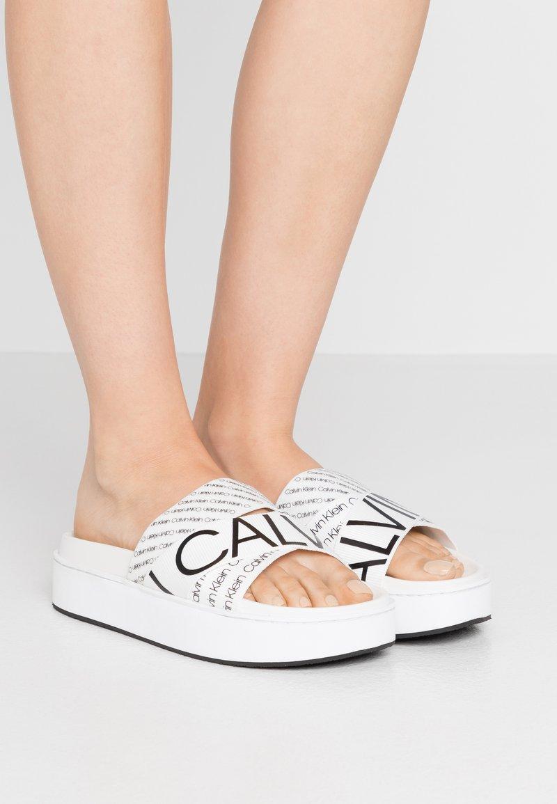 Calvin Klein - JEAMA - Pantofle - white/black