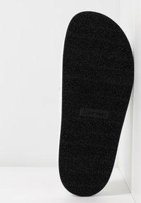 Calvin Klein - JEAMA - Pantofle - white/black - 6