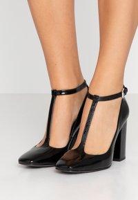 Calvin Klein - High Heel Pumps - black - 0