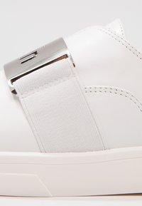 Calvin Klein - ILONA - Półbuty wsuwane - platinum white - 6