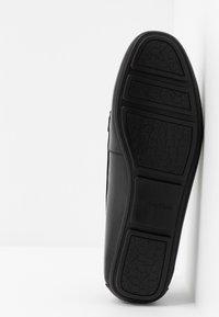 Calvin Klein - LASSEY - Mokkasiner - black - 6