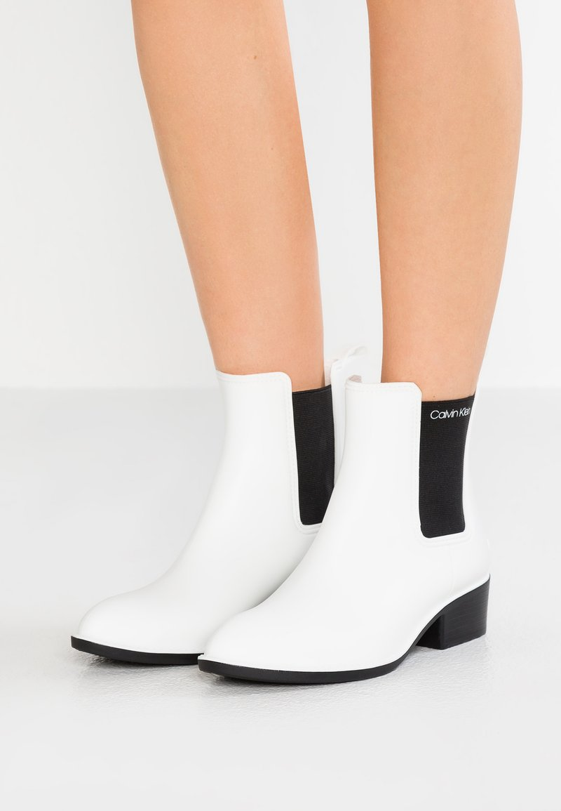 Calvin Klein - QUARTA - Gummistiefel - white