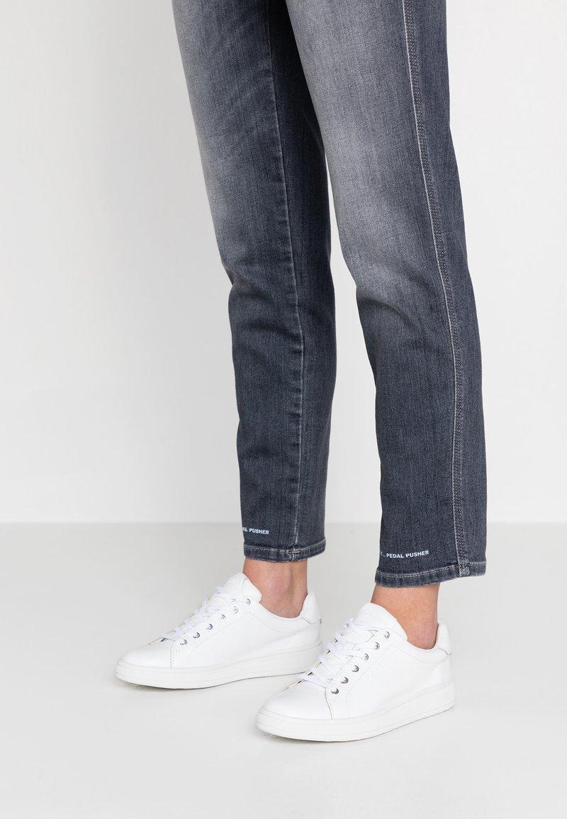Calvin Klein - SOLANGE - Sneakers basse - white