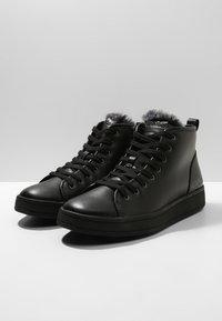 Calvin Klein - SOLEDAD - Vysoké tenisky - black - 3