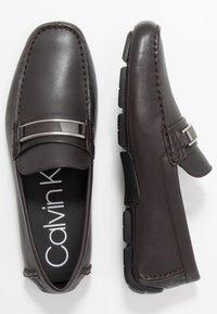 Calvin Klein - KELVIN DRESS - Mokasíny - dark brown - 1