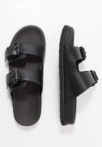 Calvin Klein - MELVIN - Slippers - black - 1