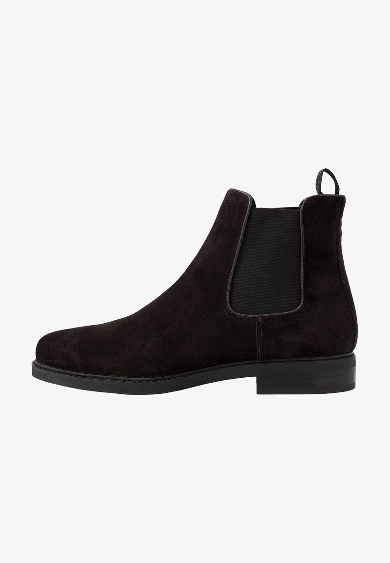 Calvin Klein - FINTAN CHELSEA - Kotníkové boty - dark brown