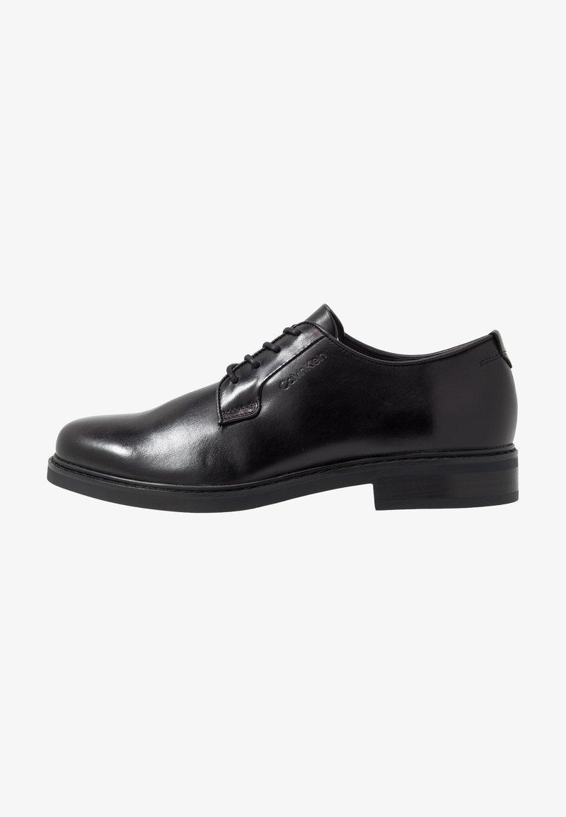 Calvin Klein FLORIN DERBY - Pensko med snøring - black