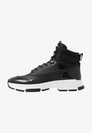 CADO LACE UP BOOTIE - Sneakers hoog - black