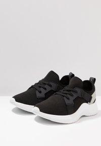 Calvin Klein - UNNI - Sneakers laag - black - 2