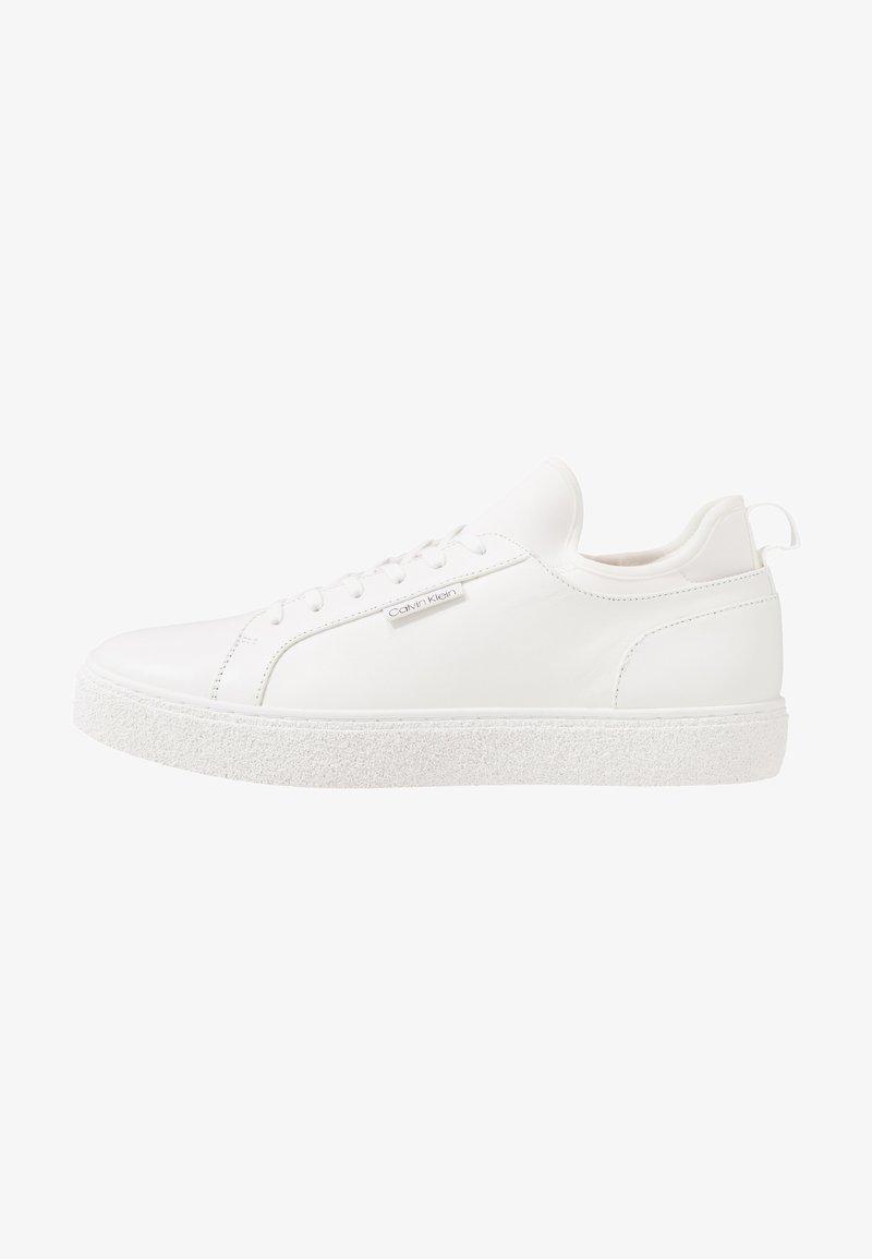 Calvin Klein - EDWYN LOW TOP LACE UP - Sneakers - white