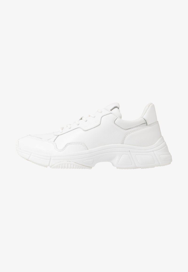 Calvin Klein - DEMOS TOP LACE UP - Sneaker low - white