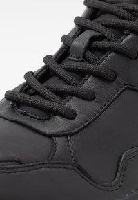 Calvin Klein - DEMOS TOP LACE UP - Tenisky - black - 5