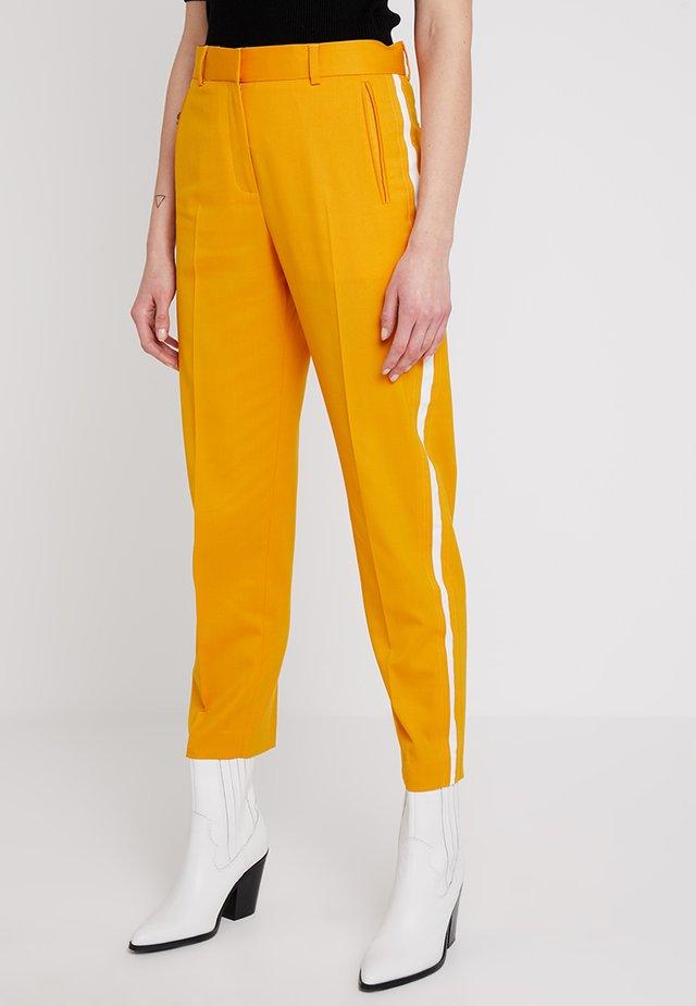 STRIPE INSERT ANKLE PANT - Tygbyxor - yellow