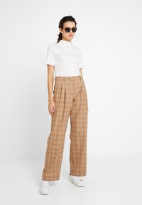 Calvin Klein - WINDOW PANE CHK PLEATED STL PANT - Bukser - multi - 1
