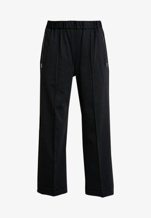PUNTO MILANO TRACKSUIT PANT - Pantalon classique - black