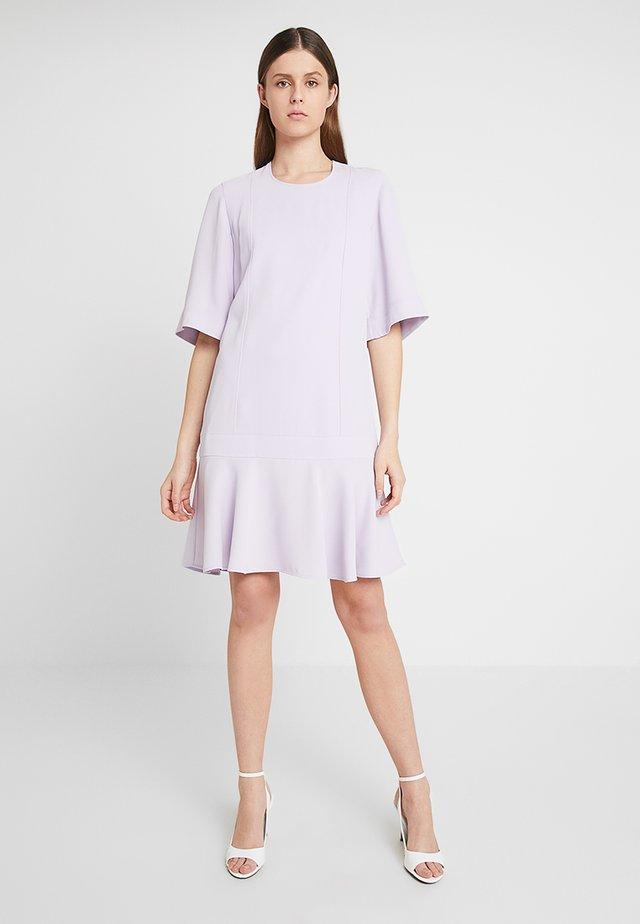 SMOOTH TWILL WIDE DRESS - Vardagsklänning - purple