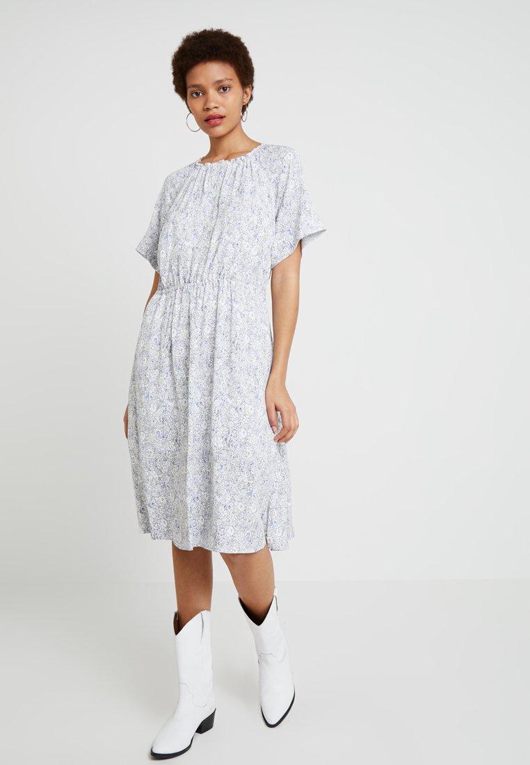 Calvin Klein - GATHERED WAIST DRESS - Freizeitkleid - multi
